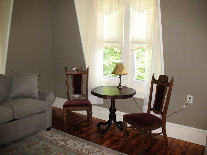 Suite 401 sitting room